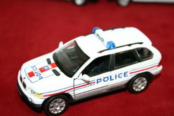 Vehiculo Miniatura Policia Francia