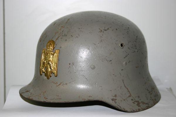Casco Z-42  Policia Armada (Epoca de Franco)