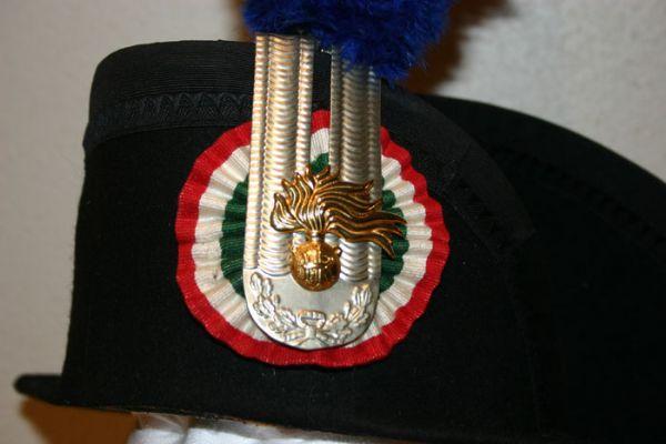 Tricornio de Gran Gala de Carabinieri (Italia)