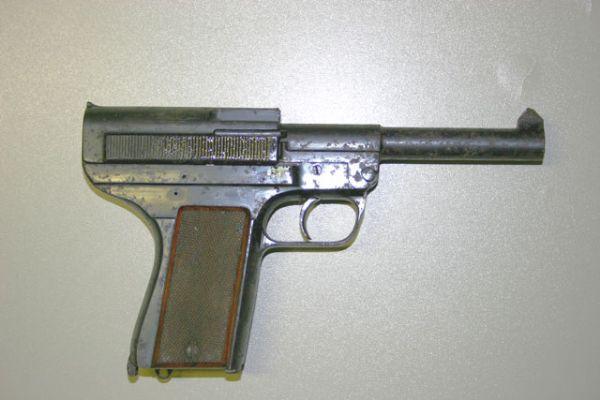 Pistola inutilizada (DANSK-REKYLRIFFEL-SYNDIKAT KØBENHAVN)