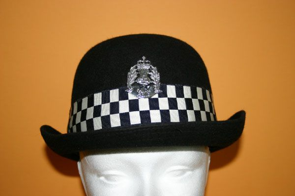 Gorra Policia Femenina Escocia