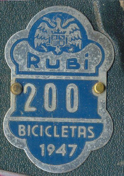 Placa de matrícula de Rubí  1.947 (Barcelona)