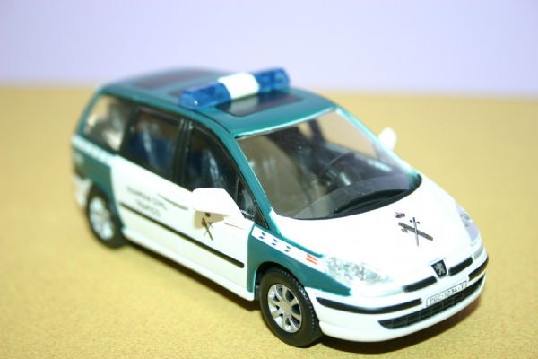 Miniatura Peugeot 807 Agrupacion de la Guardia Civil de Tráfico