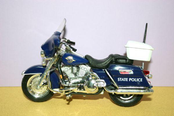 Miniatura Harley D. Michigan  State Police (U.S.A.)