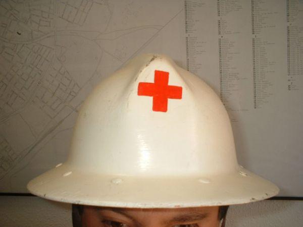 Casco de Cruz Roja Española