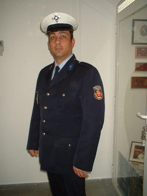 Policía Italiana  (PISA)  Gorra Plato Blanca