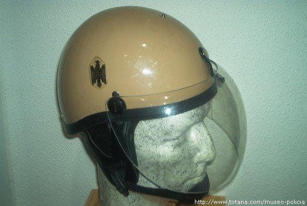 Casco Policia Nacional      antidisturbios (C.R.G.)